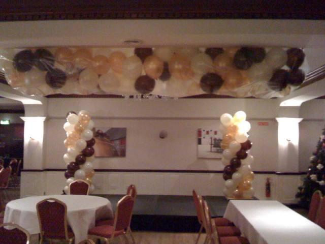 balloon-displays-parties-cork-tel-021-4890600