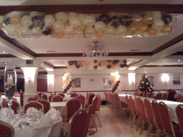 balloon-displays-weddings-cork-tel-021-4890600